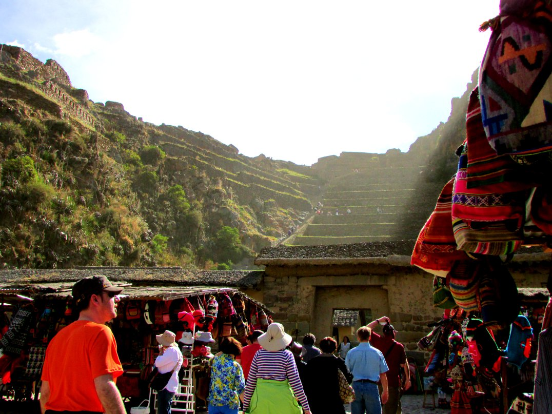 Entrance to climb the fortress. This was the estate of Pachacutec, the Inca emperor who built ancient Peru in the 1400s whose ruins we enjoy now. This is also where Manco Inca, the leader of the Inca resistance, was able to defeat the Spanish in 1536.